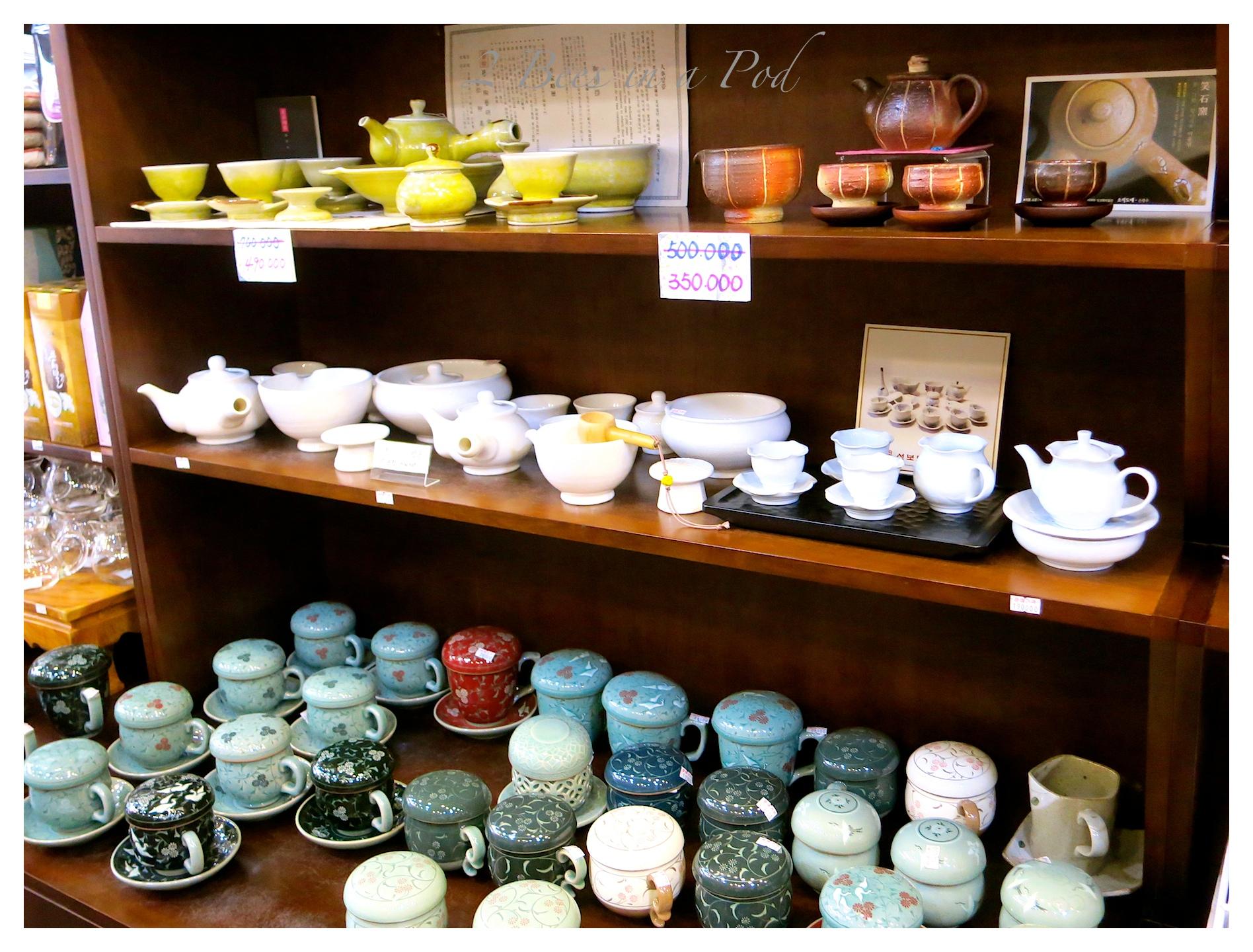 Shopping in historic Insadong Market Seoul, South Korea