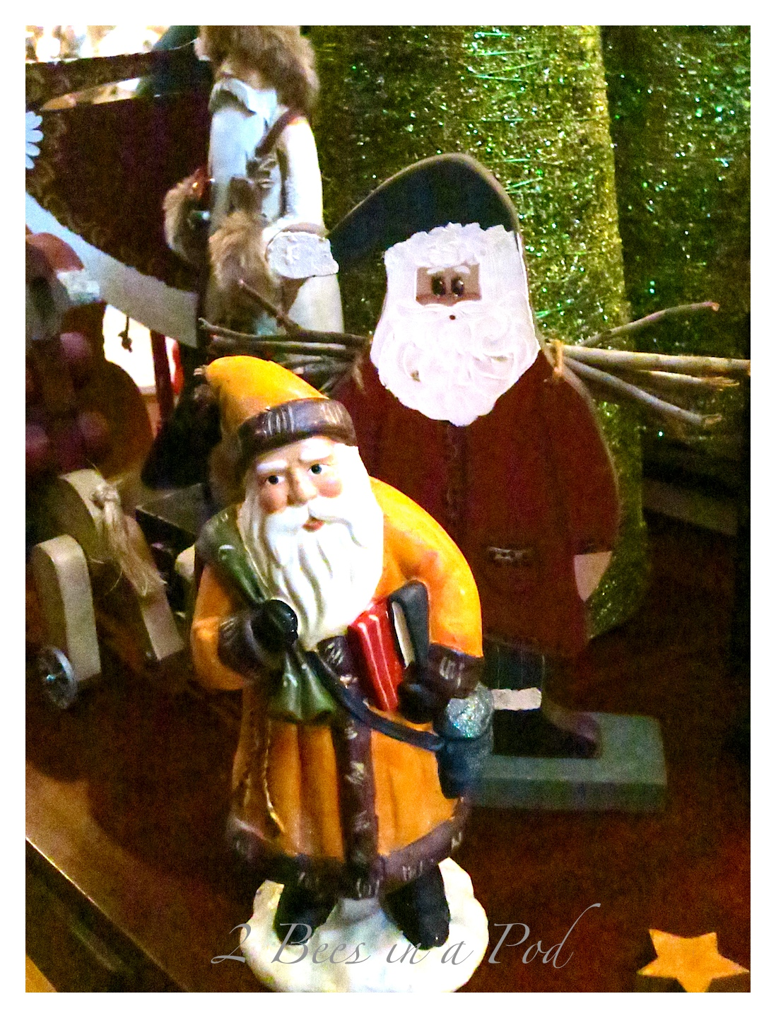 Vintage chalkware Santa Claus - hand painted