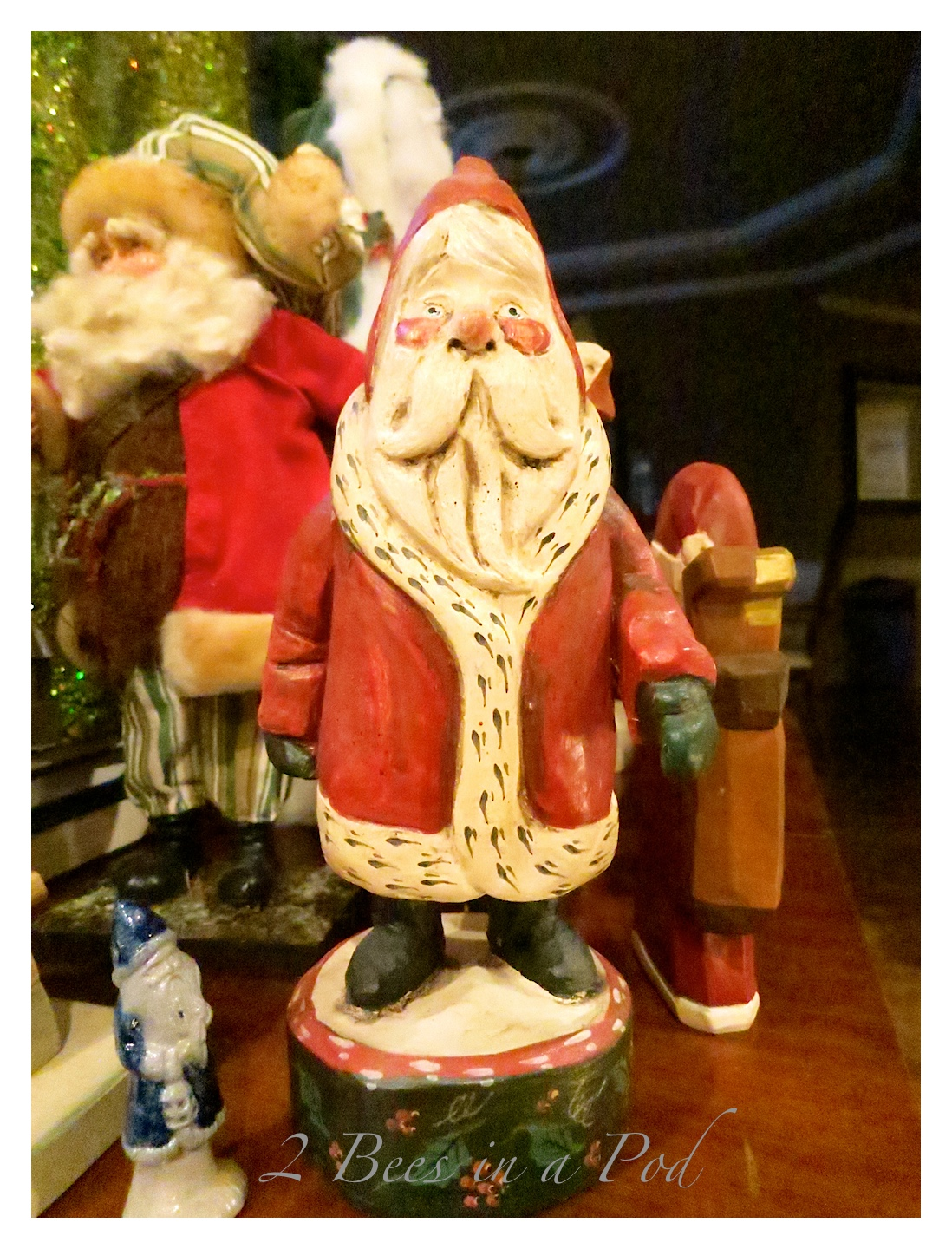 Vintage Chalkware Santa Claus, hand painted