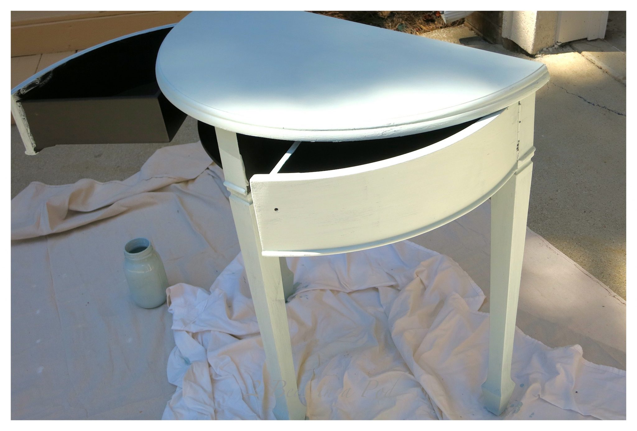 Homemade Chalk Paint Recipe gives good coverage. It also dries fast.