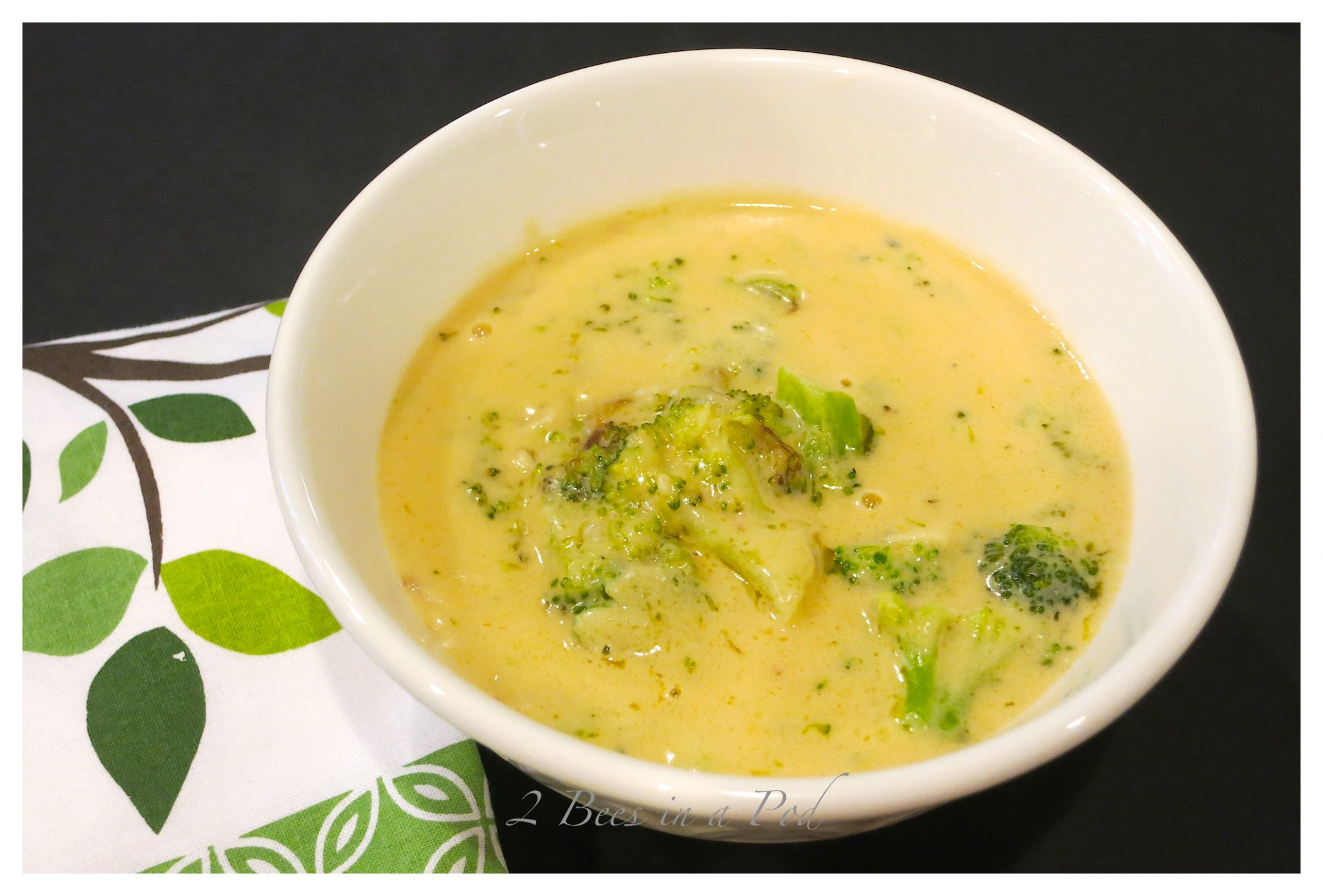 Creamy broccoli cheddar soup - truly easy to make and super tasty!