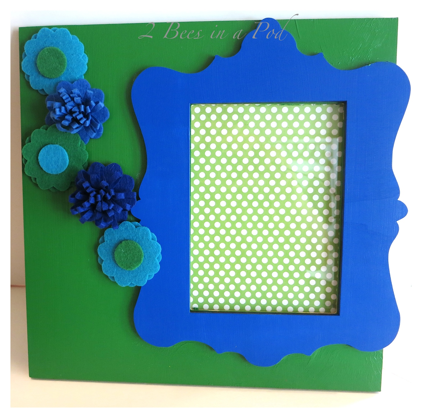 DIY Springtime photo frames - For just $4 each we created cute and colorful gifts for Spring and Easter.