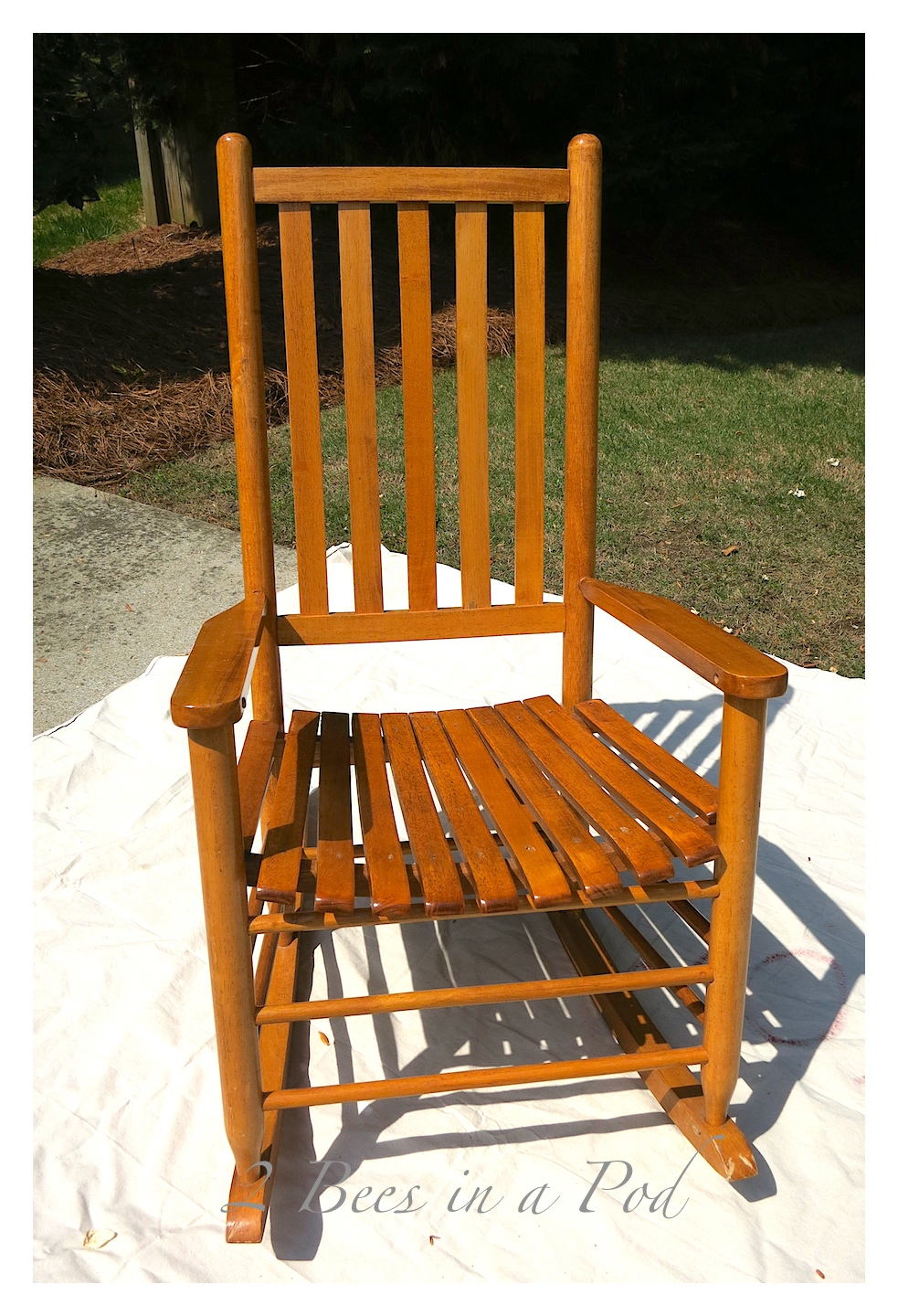 A vintage rocker gets a makeover. By adding chalk paint and clear wax it modernized the chair, but get the integrity of the age of the rocker intact.