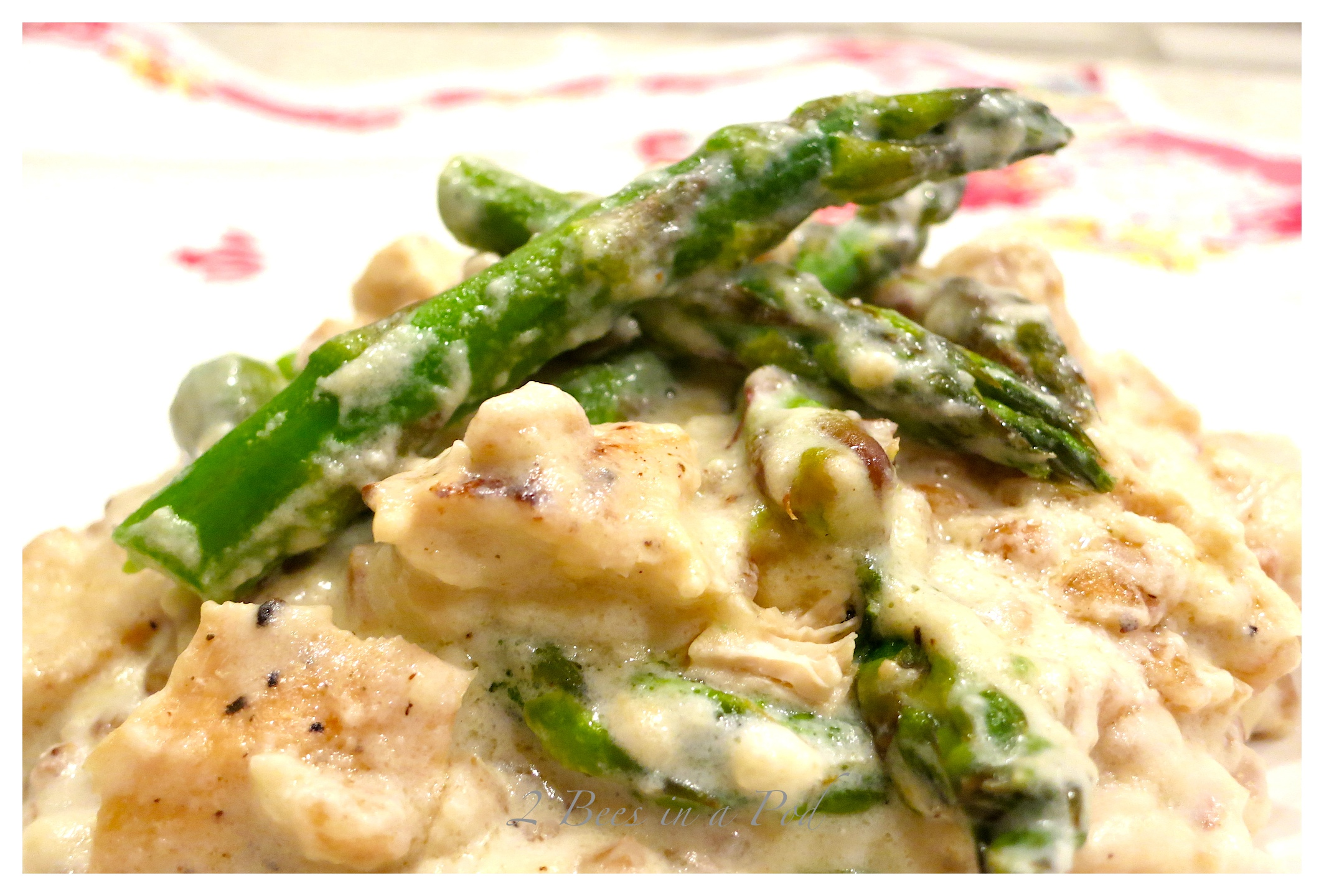 Yummy Creamy pecorino chicken farro risotto and asparagus.A complete meal in one dish!