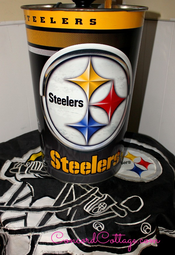 Pittsburgh-Steelers-Family-Room-7
