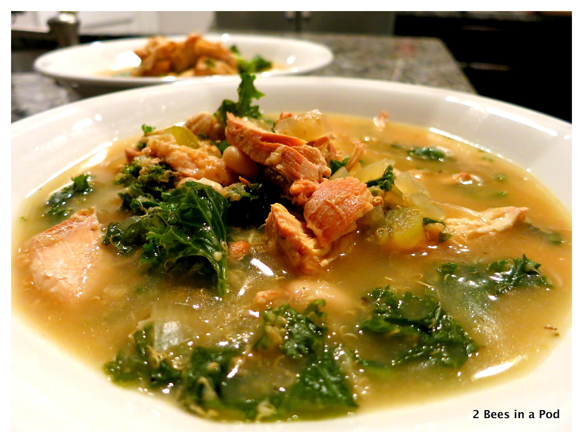 Slow Cooker Chicken, Quinoa and Kale Soup - Warmy, delicious and healthy - perfect Fall and Winter soup!