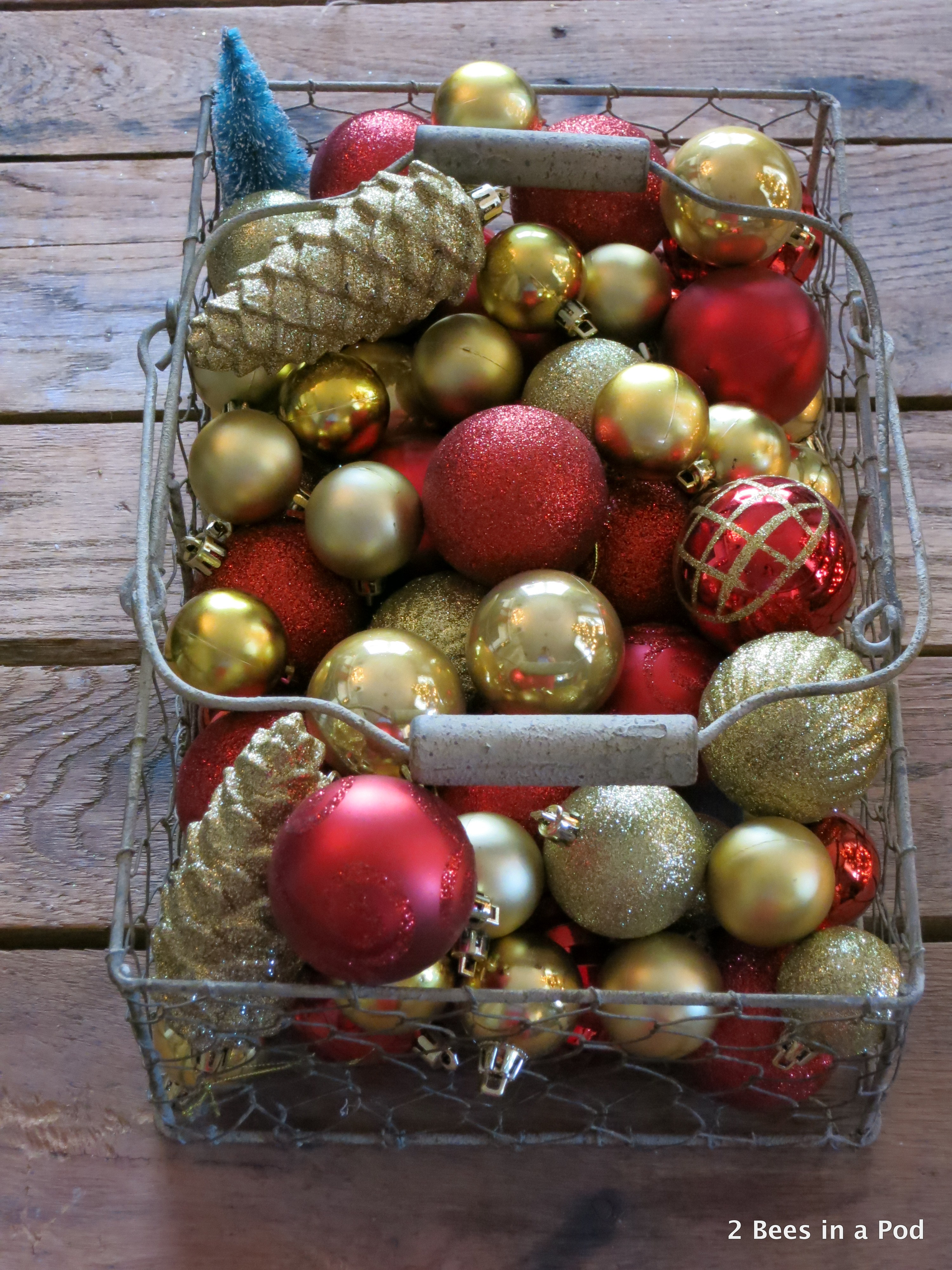 Christmas Home Tour. Wire Baskets with Gold & Red Ornaments