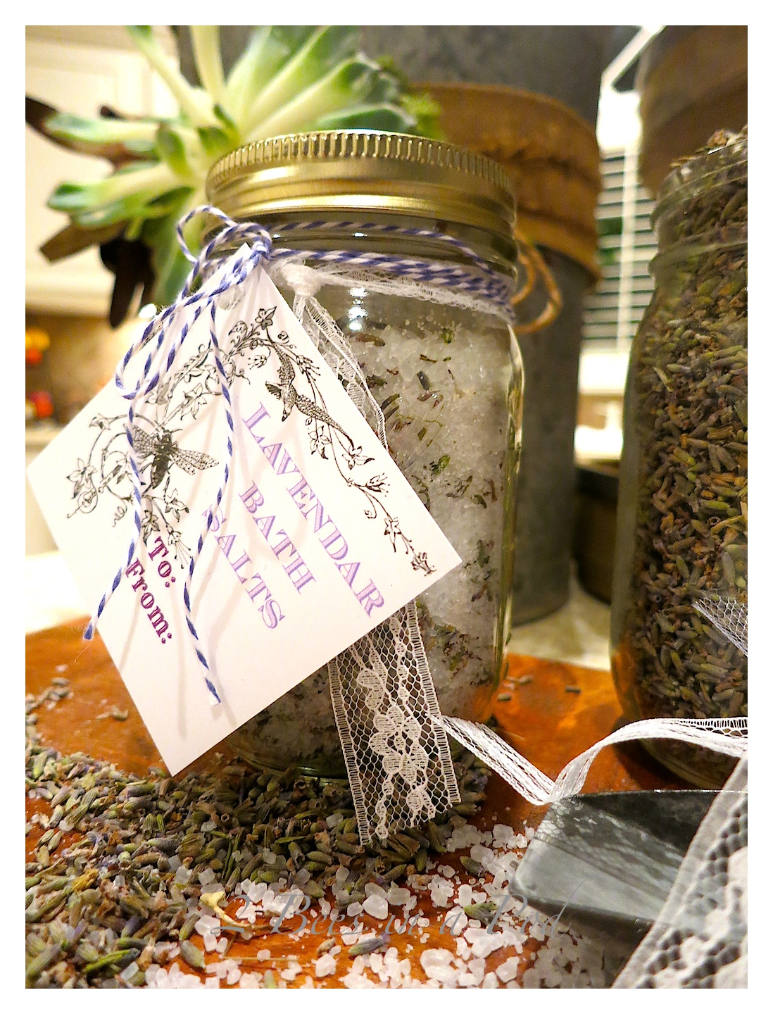Lavender Bath Salts -Christmas Gift -  perfect gift for teacher, hostess or friend. Fragrant and healthy - Epsom salt and fresh, dried lavender buds.