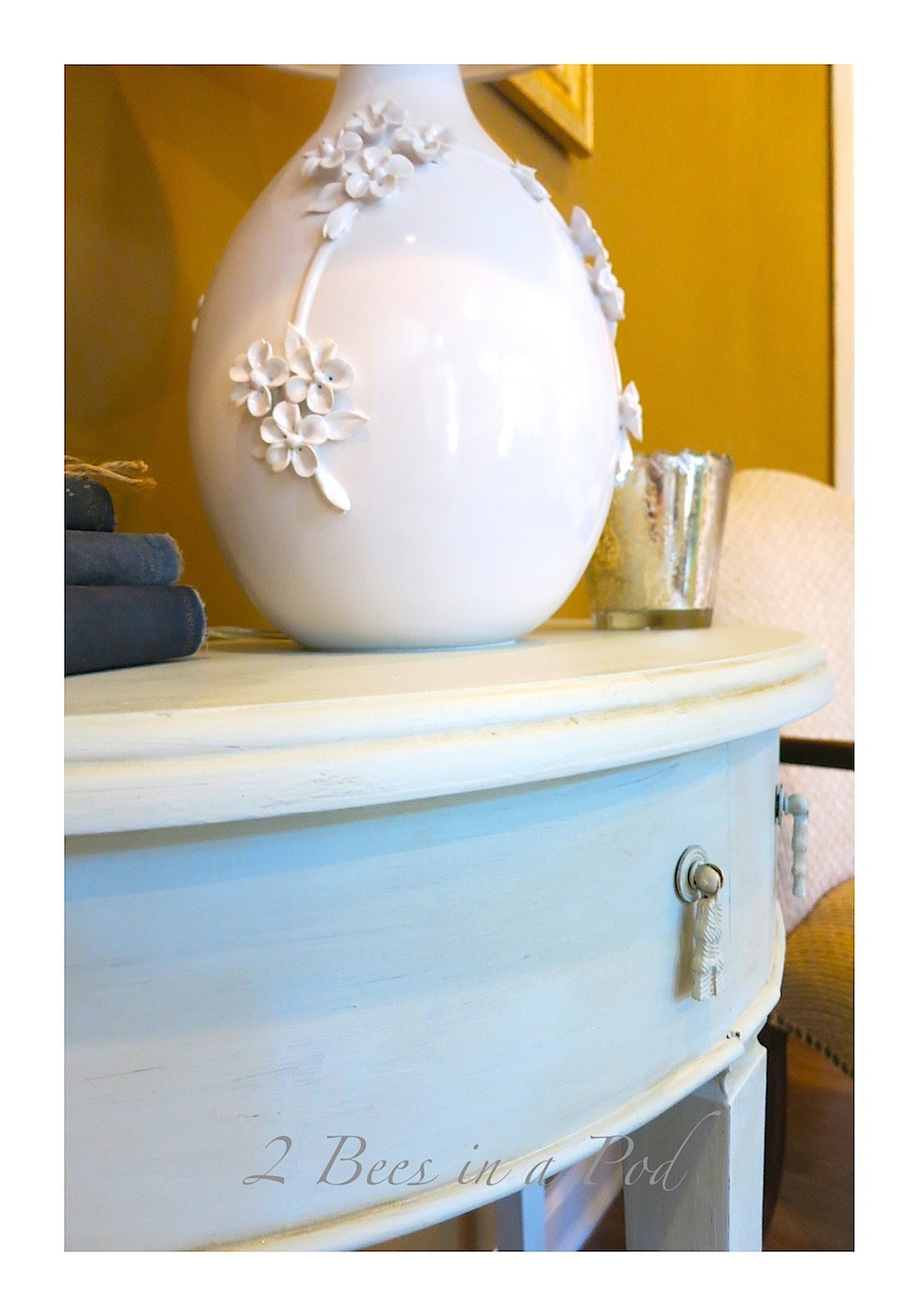 Homemade Chalk Paint and A table Makeover