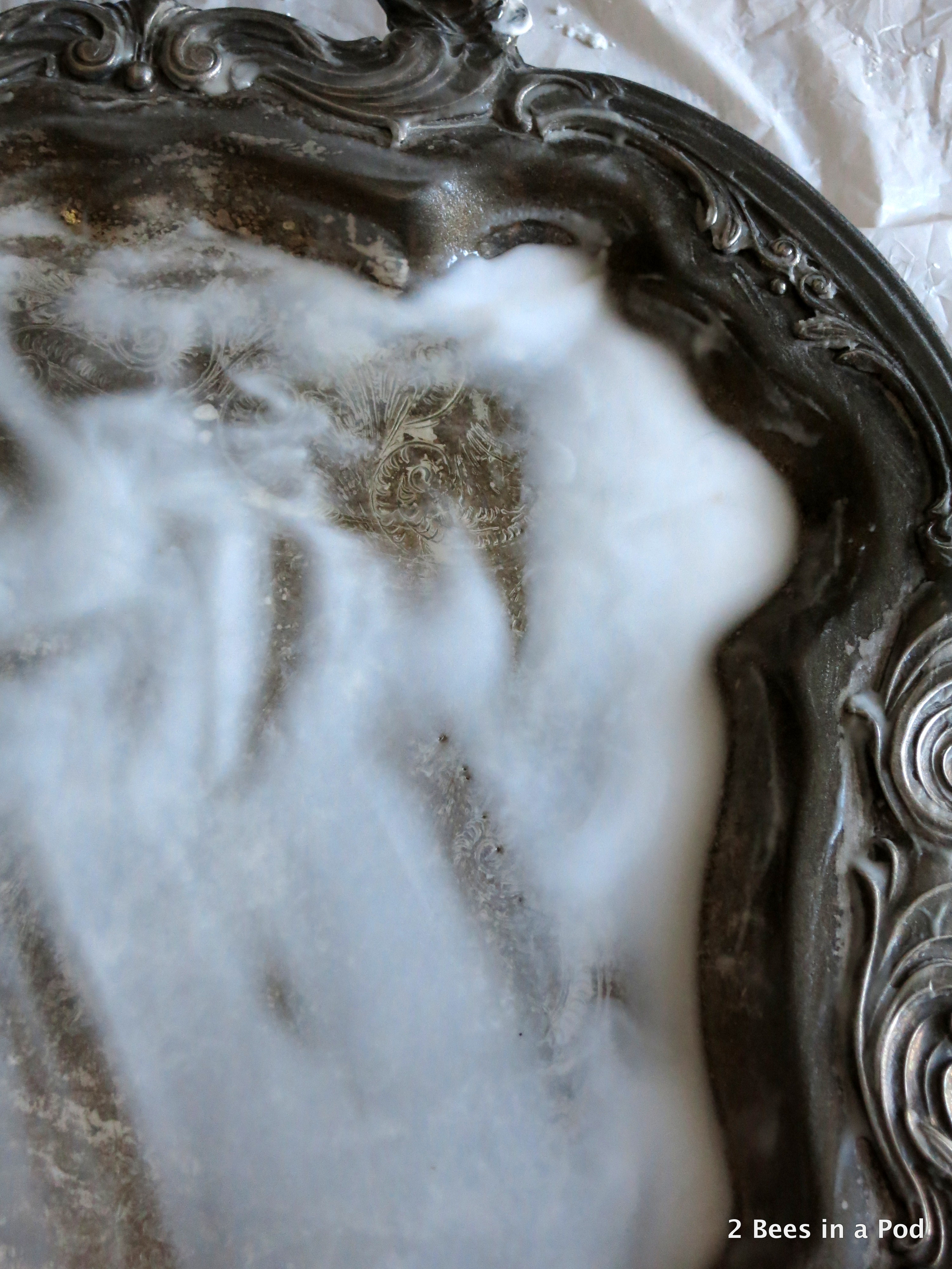 How to clean your silver platter using baking soda