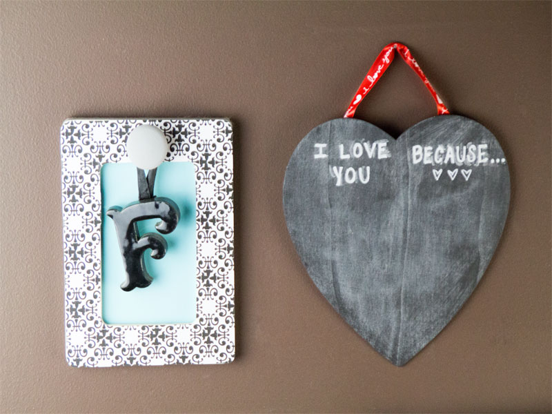 Heart-shaped Valentine chalkboard for love notes or valentine countdown!