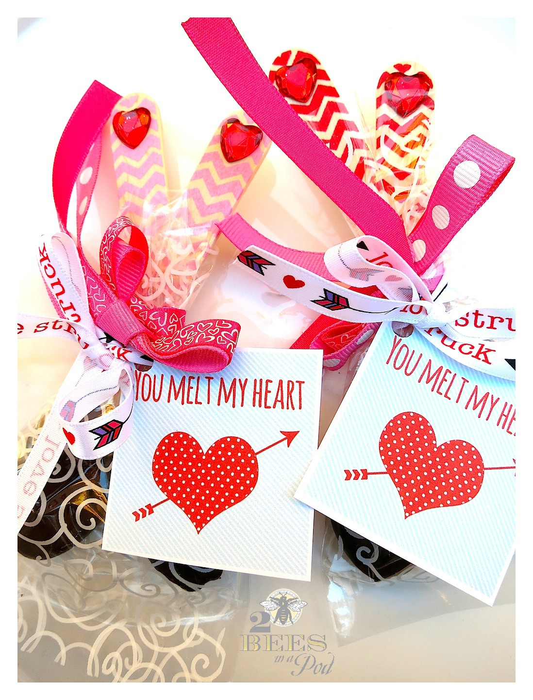 Valentine Chocolate Spoons & Free Printable Tags... - 2 Bees in a Pod
