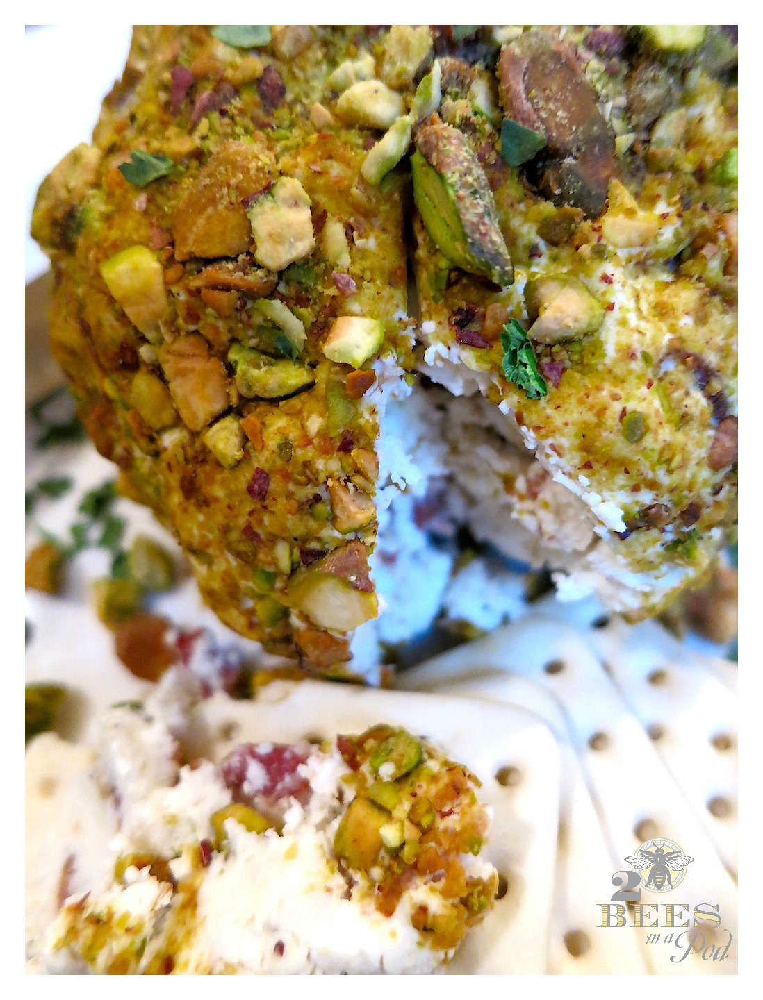 Goat Cheese, Bacon and Pistachio Cheese Ball…