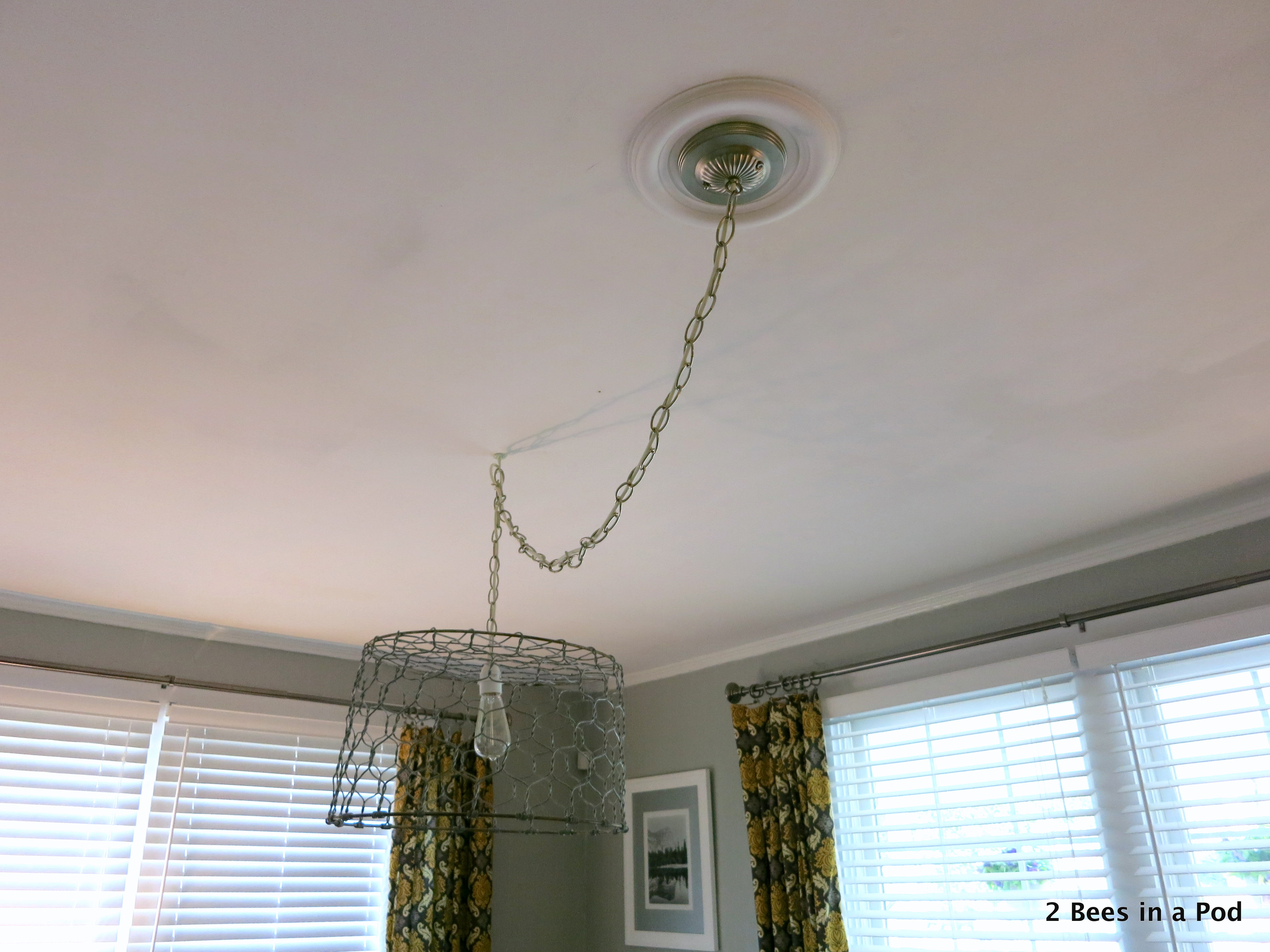 How to hang a ceiling medallion 6