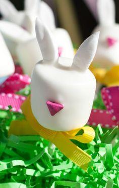 A pretty Easter treat - marshmallow bunnies