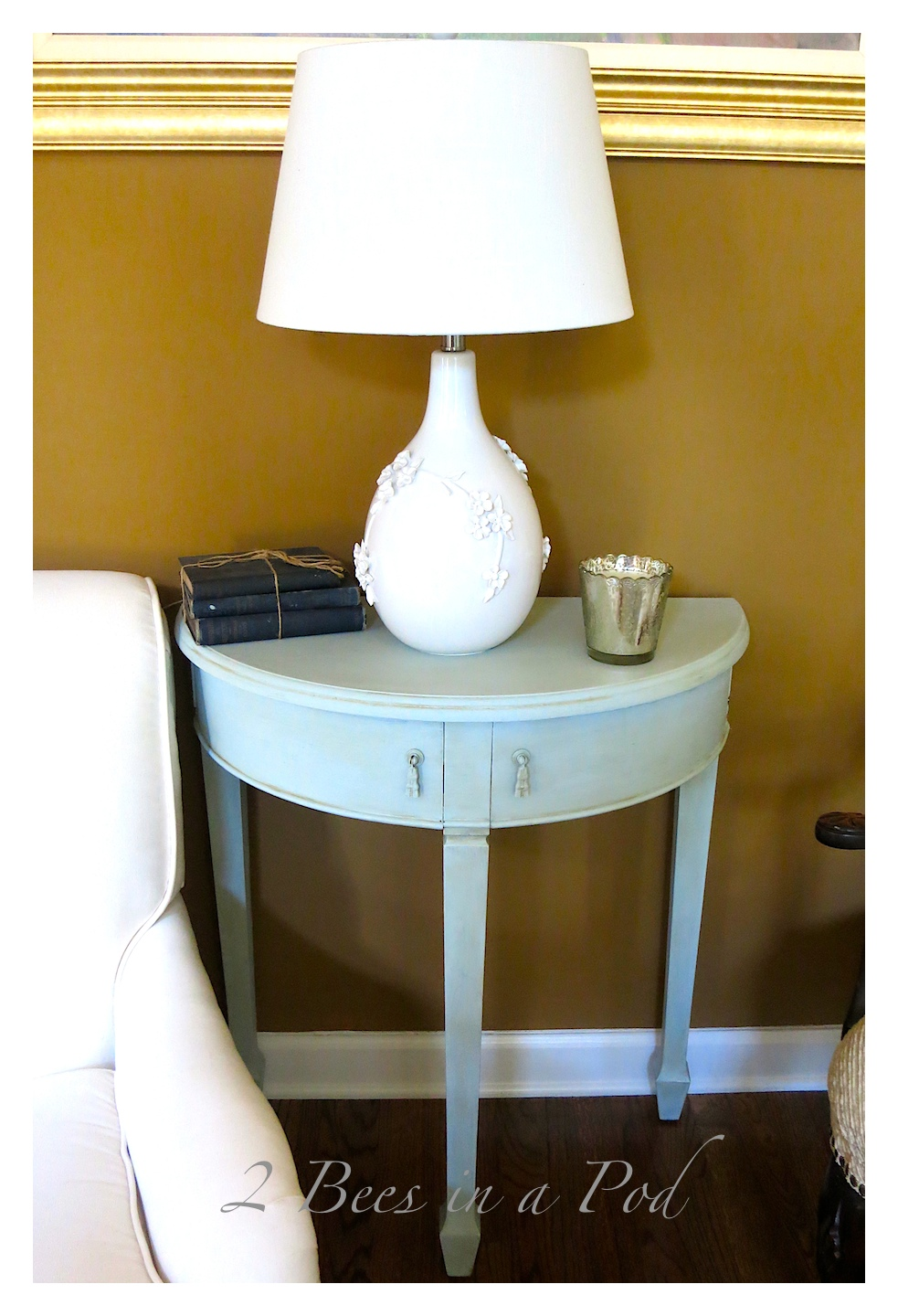 Homemade Chalk Paint and a Table Makeover…