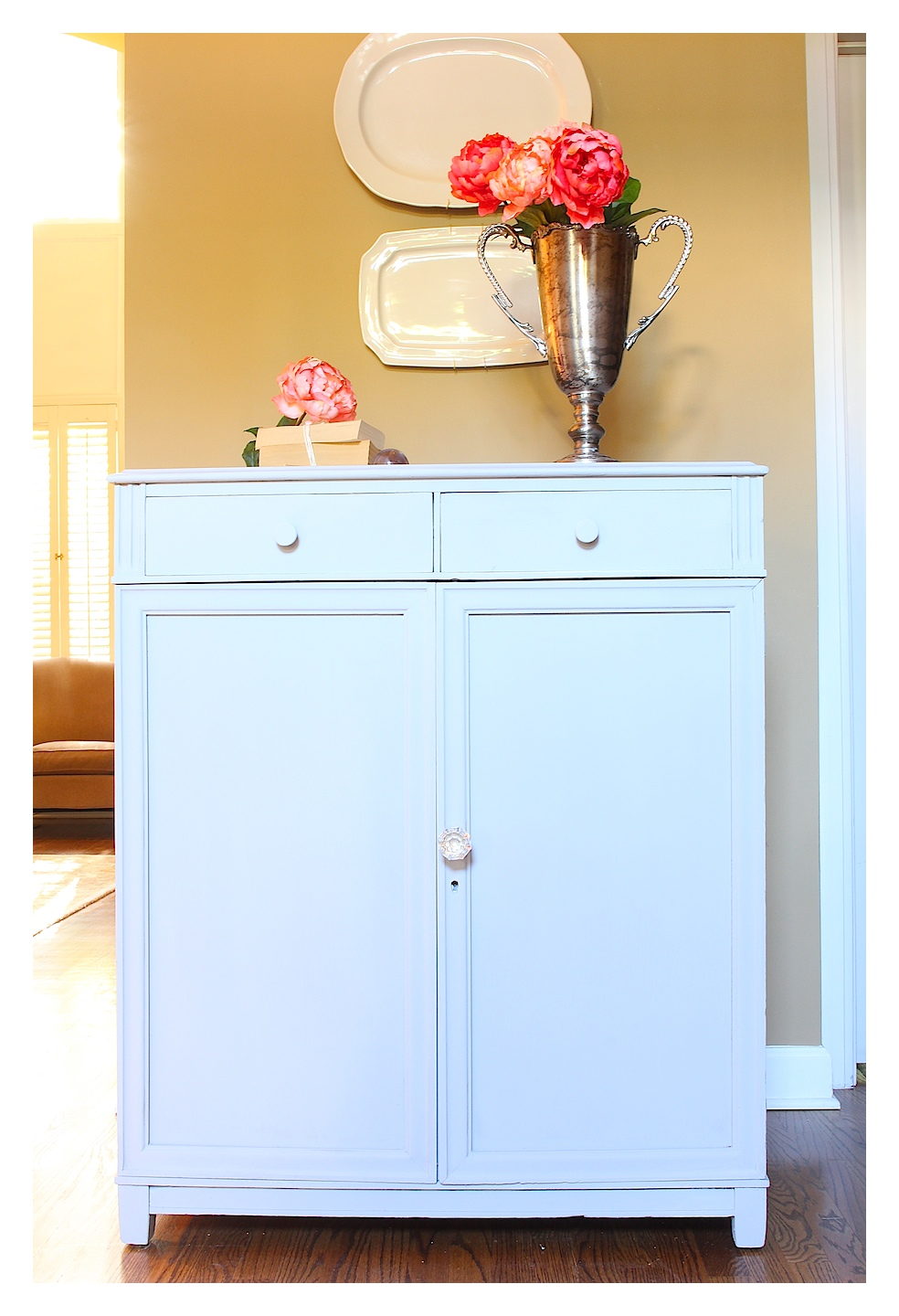 Paris Gray Chalk Paint Dresser Makeover 2 Bees In A Pod