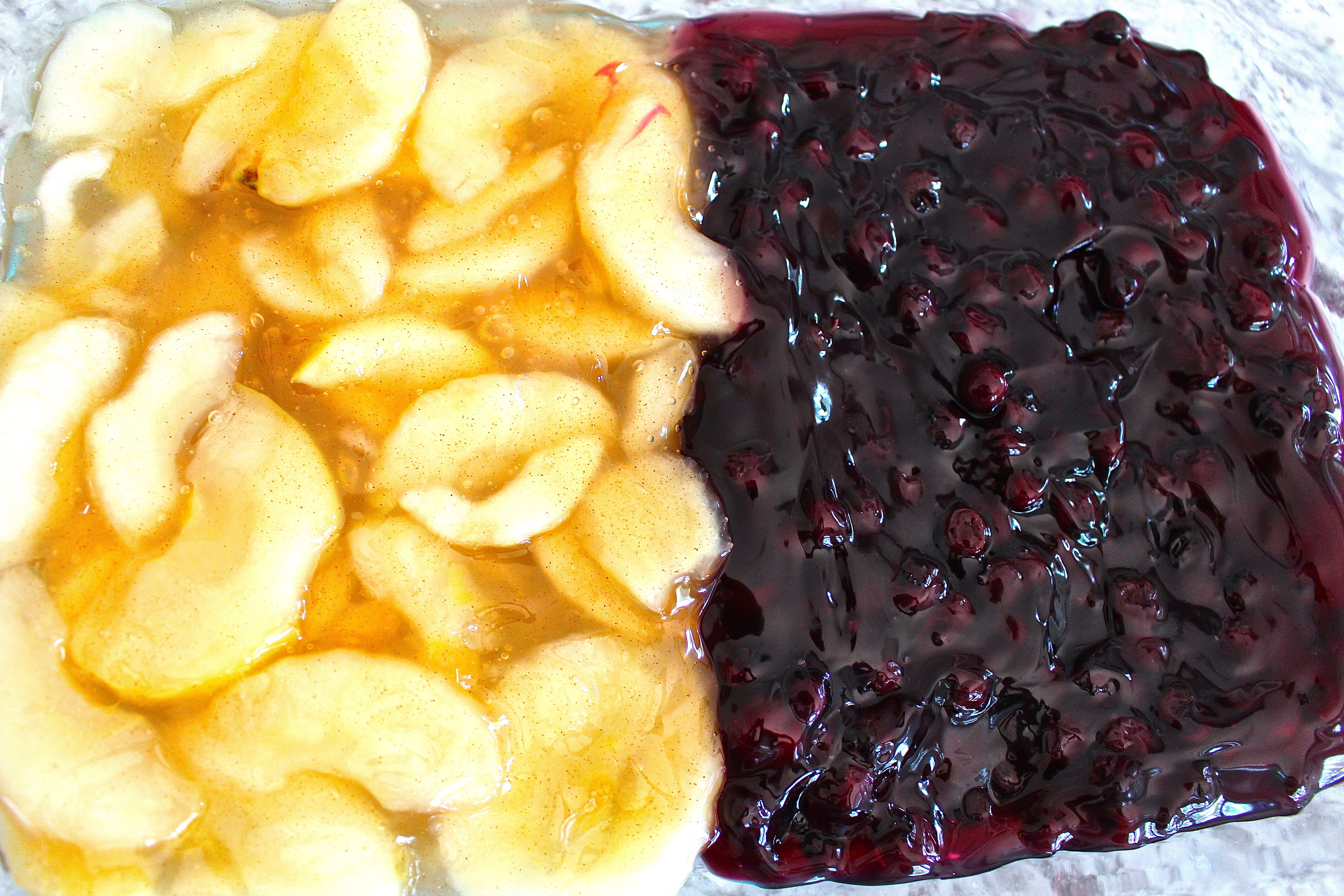 Easy Dessert Recipe - Dump Cake with Blueberries and Apples