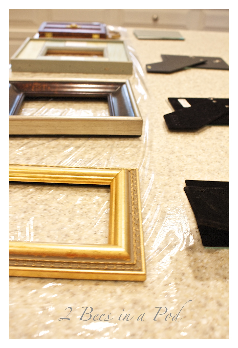 Painted Thrift Stores Frames - perfect for a cohesive look for little money.