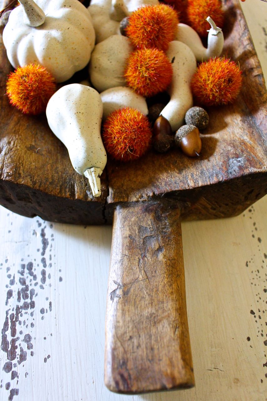Fall neutral painted mini pumpkins. Easy fall project.
