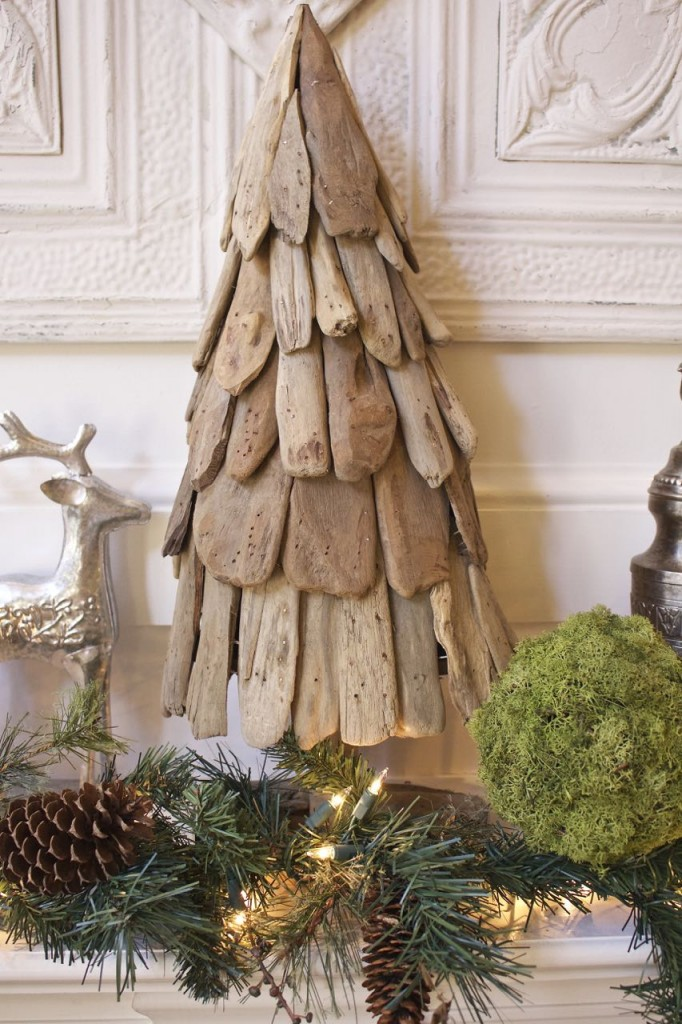 Rustic Woodland Christmas Mantel