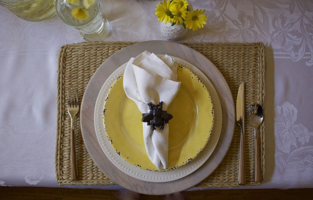 Bee Themed Spring Tablescape