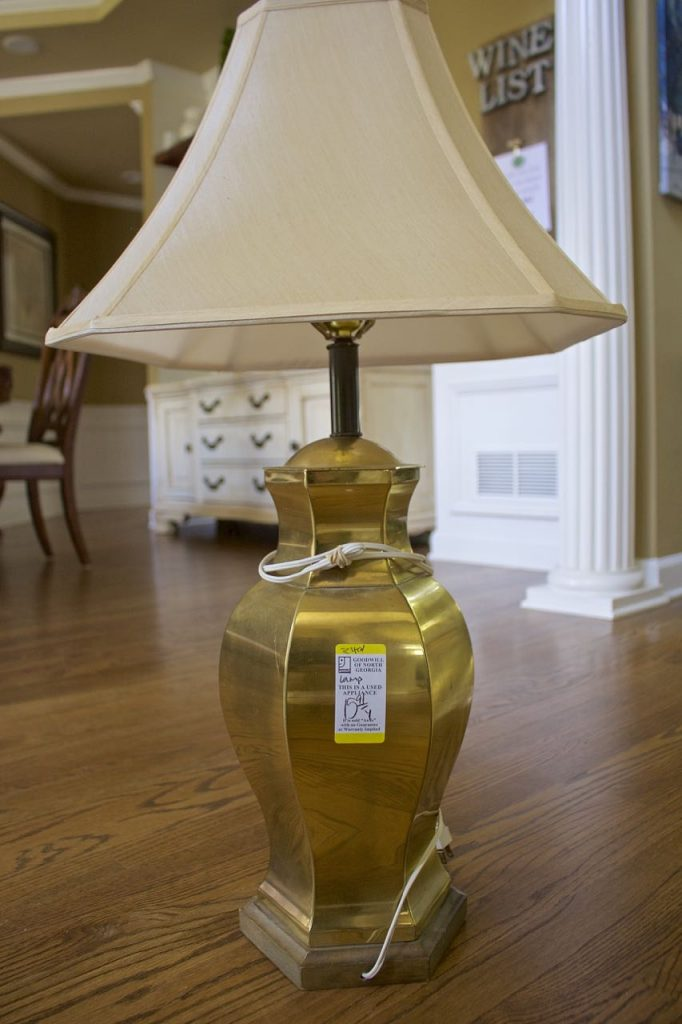 Thrift Store Lamp Makeover from Brass to Copper