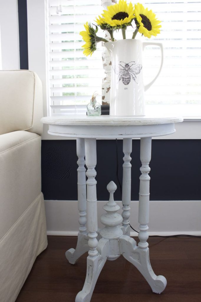 Painted Table with Amy Howard One Step