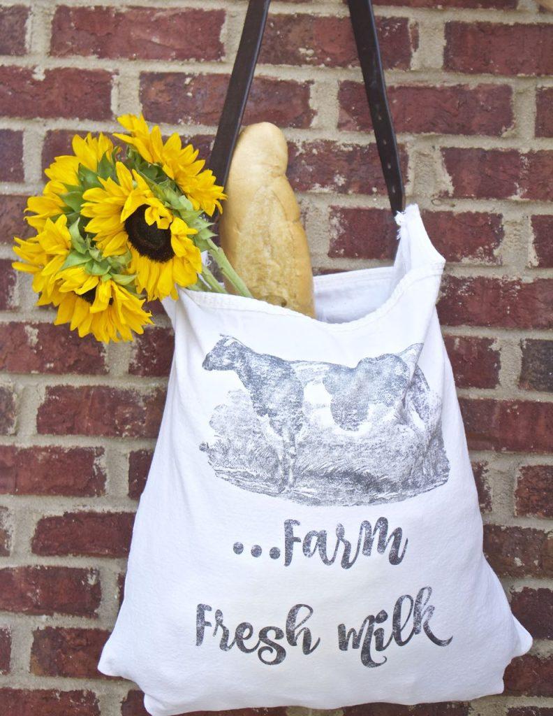 Rustic Cow. Farmhouse DIY bag.
