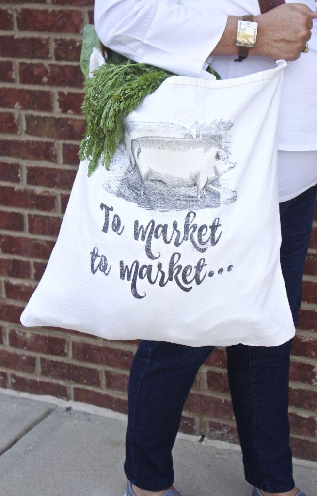 DIY Farmer's Market Tote Bag. Farmhouse Pig.