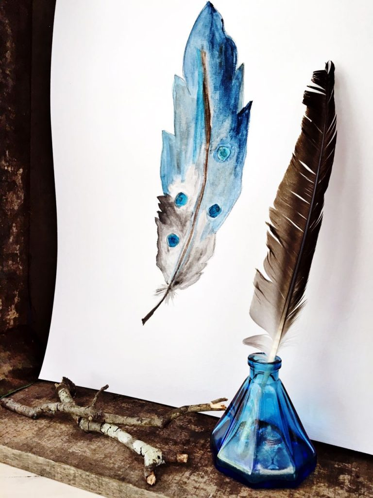 DIY Watercolor Feather Using watercolor paints is easier than you think. Here's how to DIY a watercolor feather