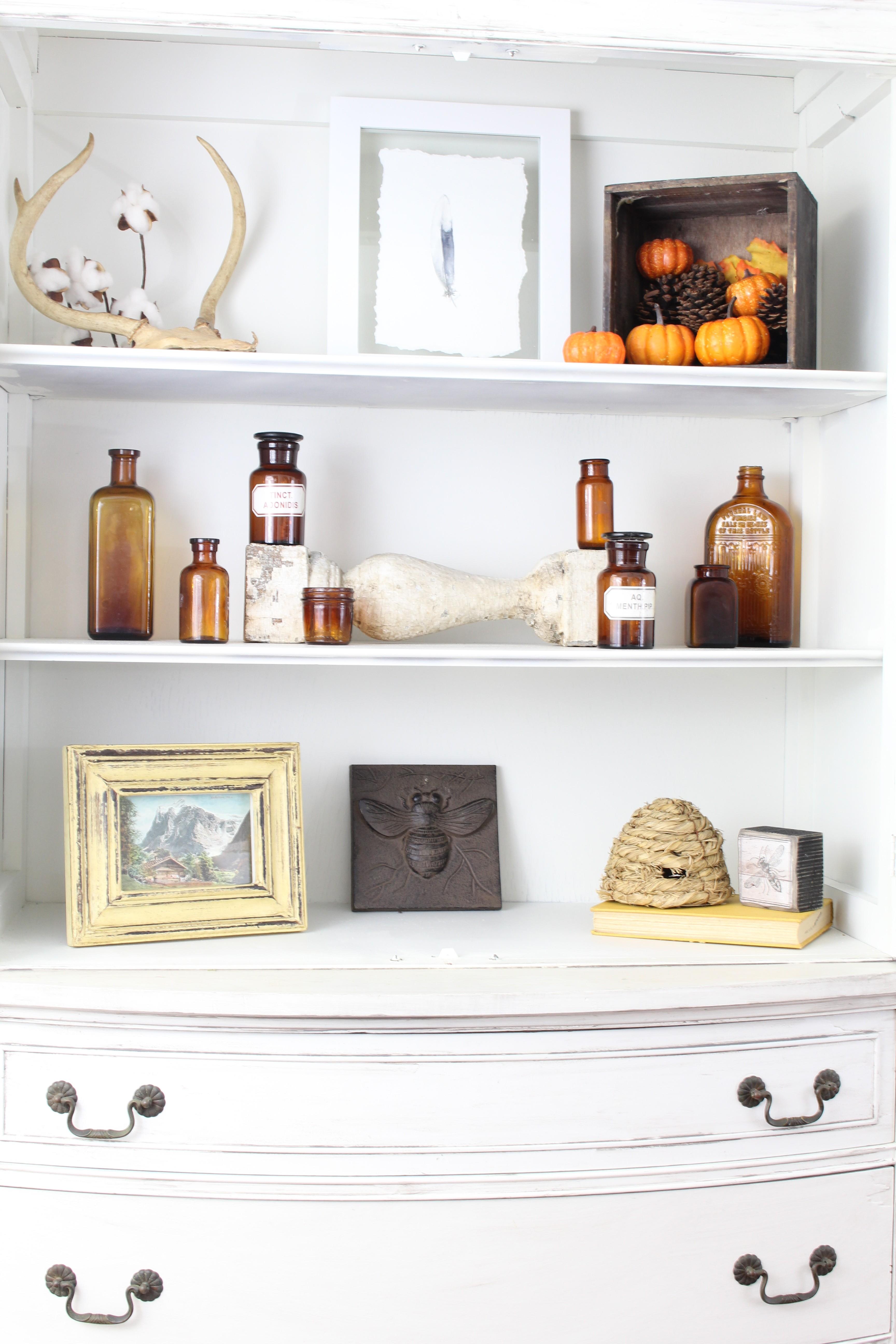 Fall Home Decor - Entryway Shelves - 2 Bees in a Pod