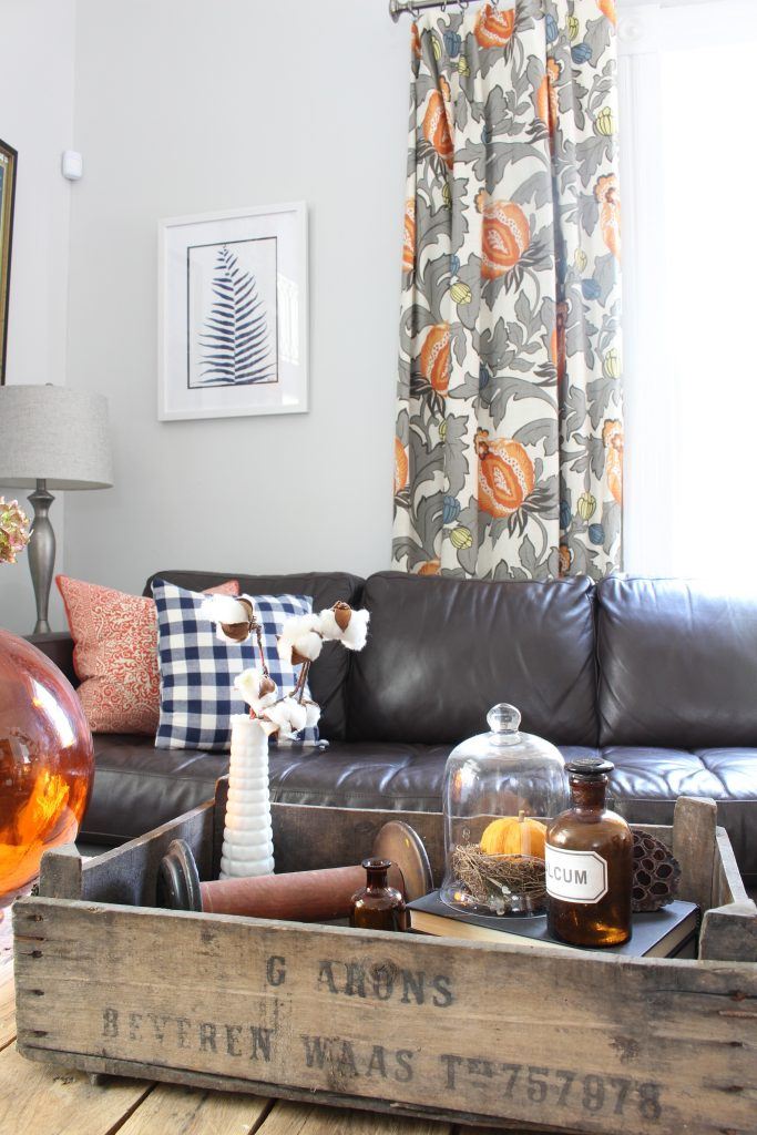 Living room decor for coffee table. Fall home tour.