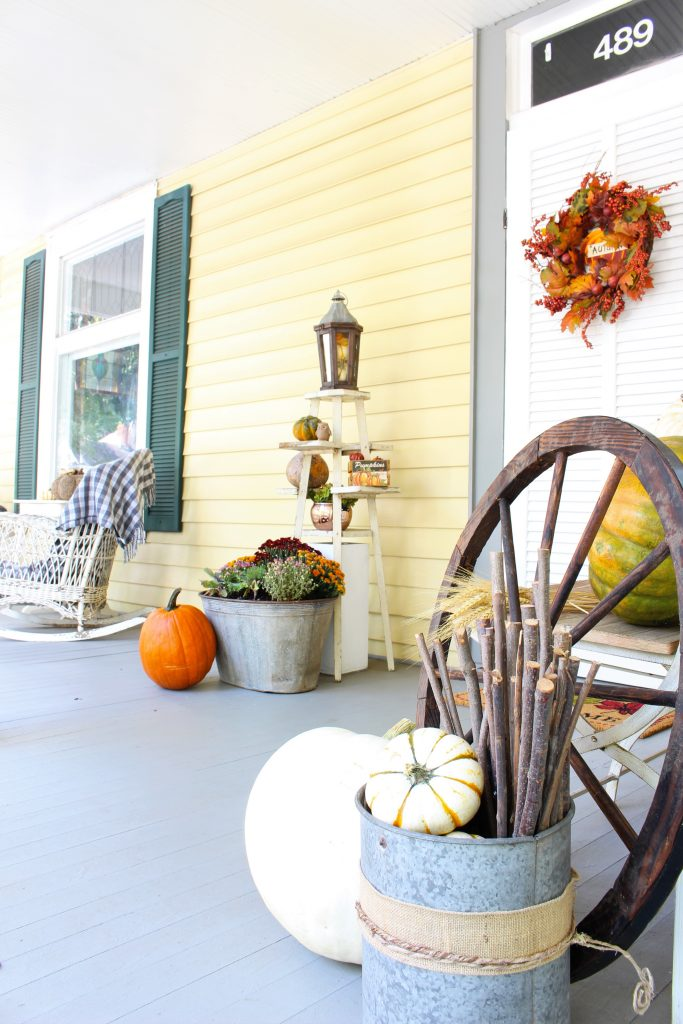 Fall decor for front porch.