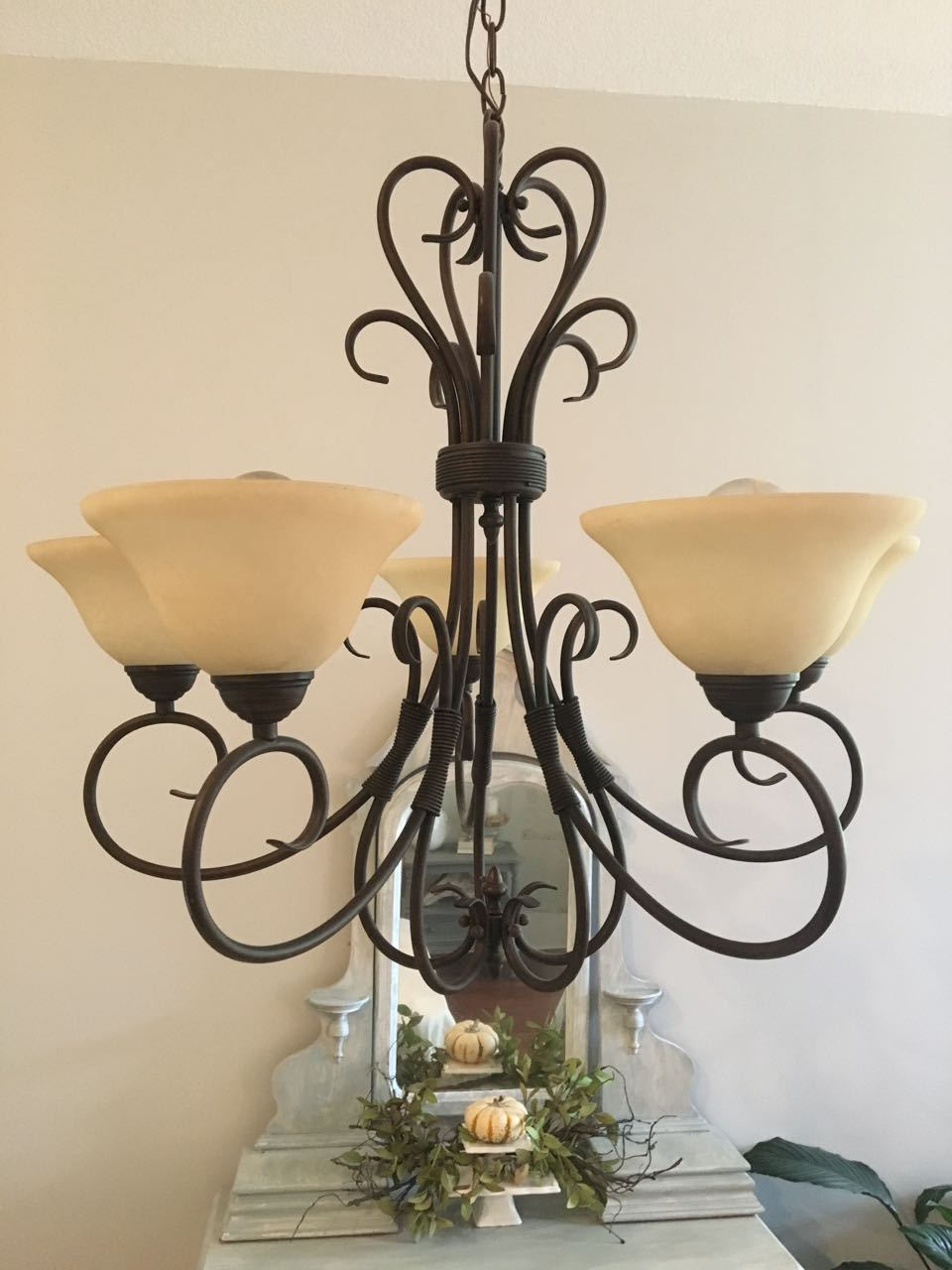 Chandelier makeover with chalk paint 2 bees in a pod img6234 arubaitofo Choice Image