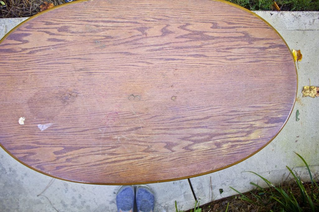 Coffee Table Makeover in Napoleonic Blue Chalk Paint