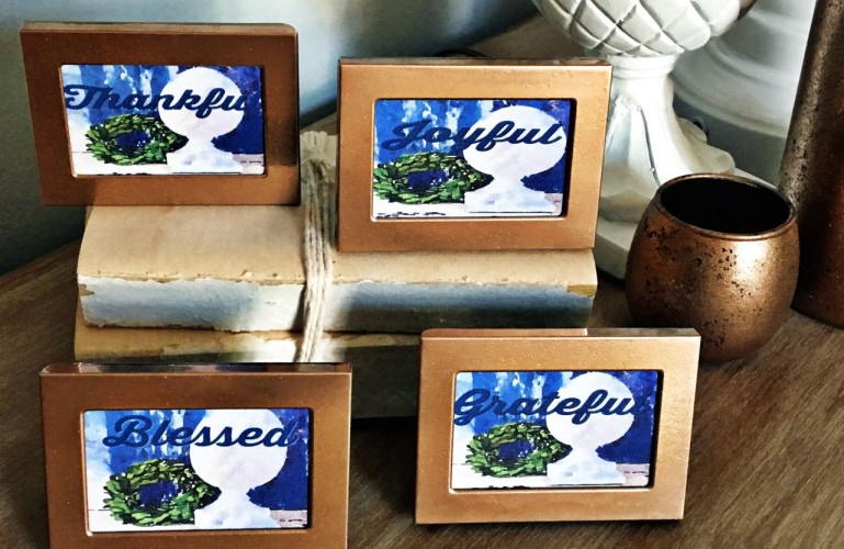 DIY Thanksgiving Place Cards and Copper Frames