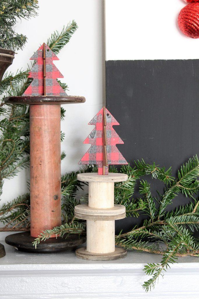 Buffalo Check Christmas Mantel. Christmas Dining Room Decor.