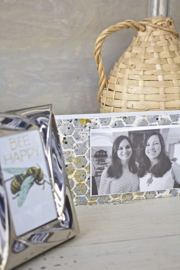 DIY Picture Frame - Great Gift Idea