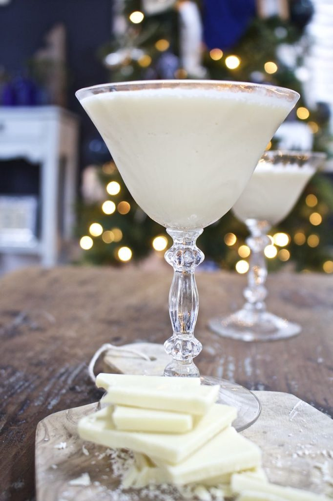Brandy Alexander - Perfect Dessert Cocktail