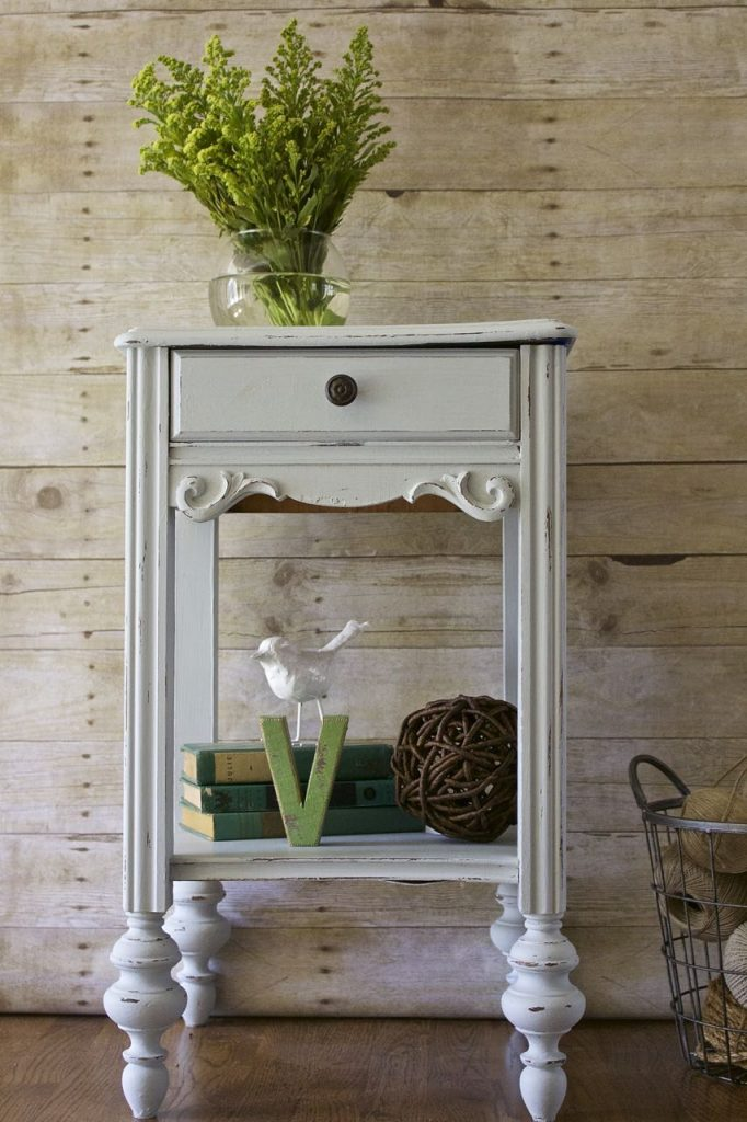 painted-furniture-makeover-5-things-to-do-before-you-paint-a-piece-of-furniture