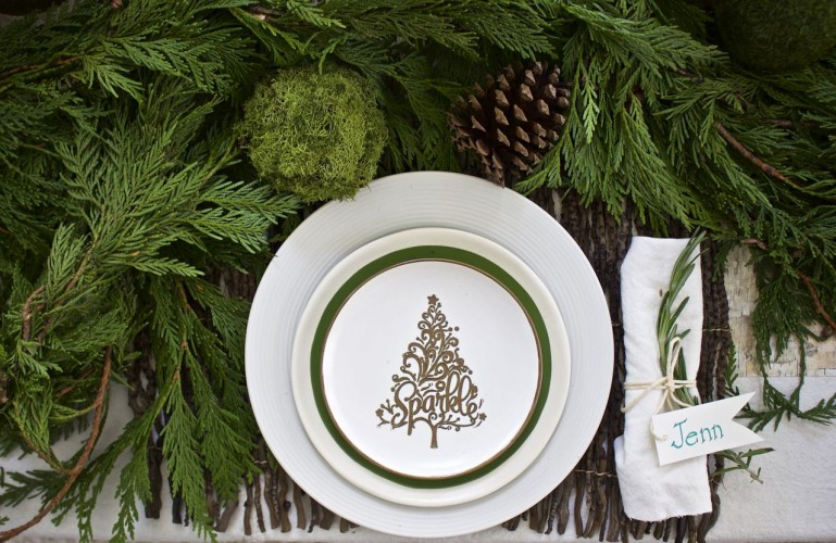 rustic-christmas-tablescape