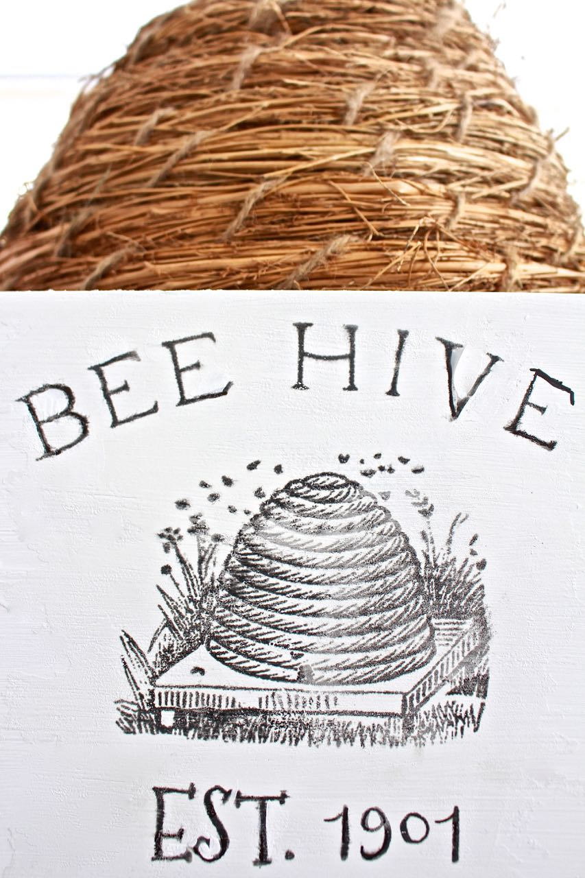 DIY Bee Hive Sign. DIY vintage sign for bee hive.
