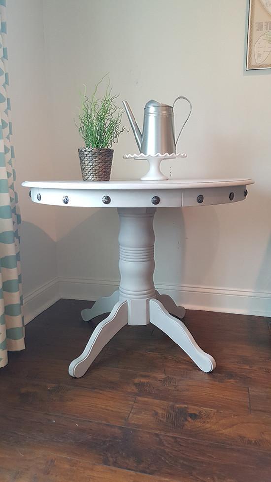 How-to-add-nailhead-trim-to-furniture-550x978