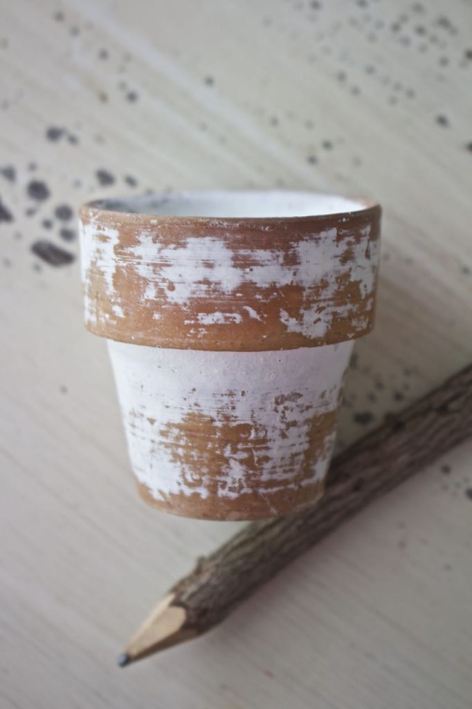 Citronella Candles in Mini Clay Pots. Use a pencil to write out French script numbers.