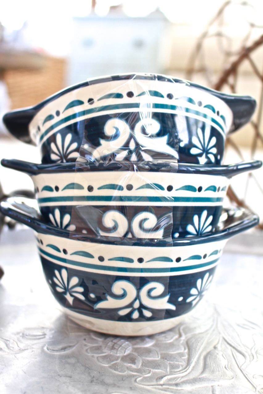 Latest thrift store finds. Thrift Store Finds for Decor. Bobby Flay bowls in Marbella pattern. Love the blue color of the Bobby Flay bowls.