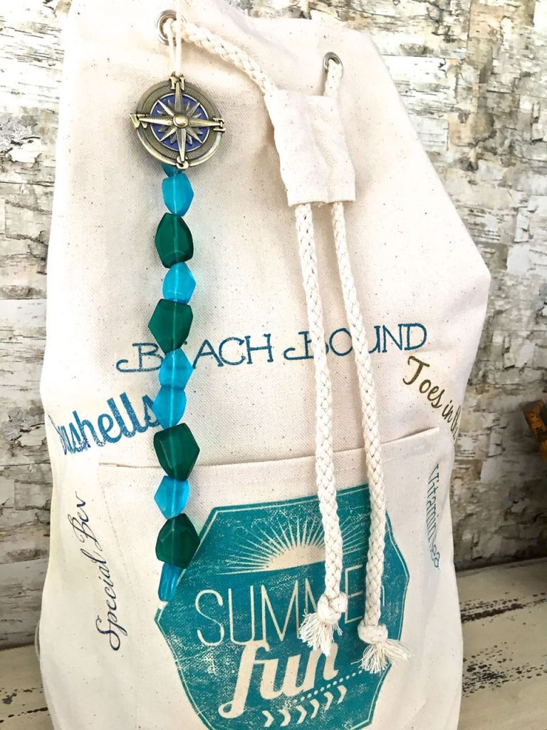 DIY Beach Bag Backpack. Beach ready bag.