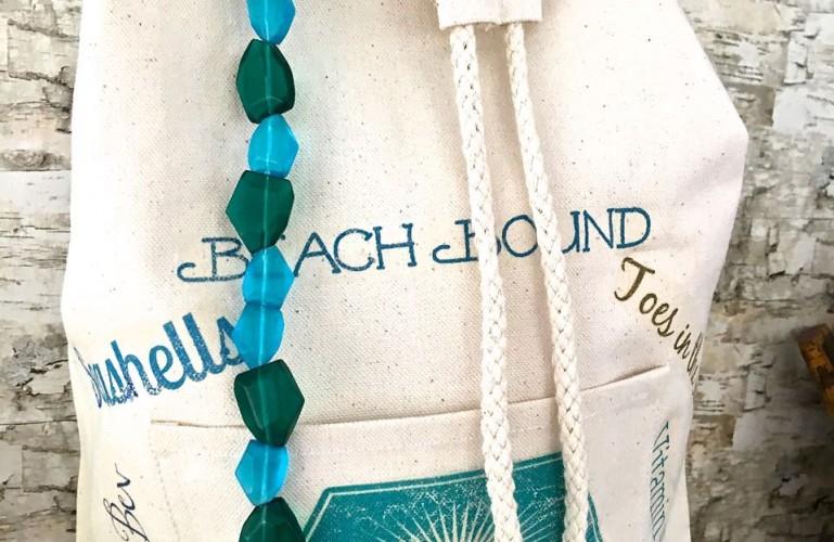 DIY Beach Bag Backpack. Beach ready bag.