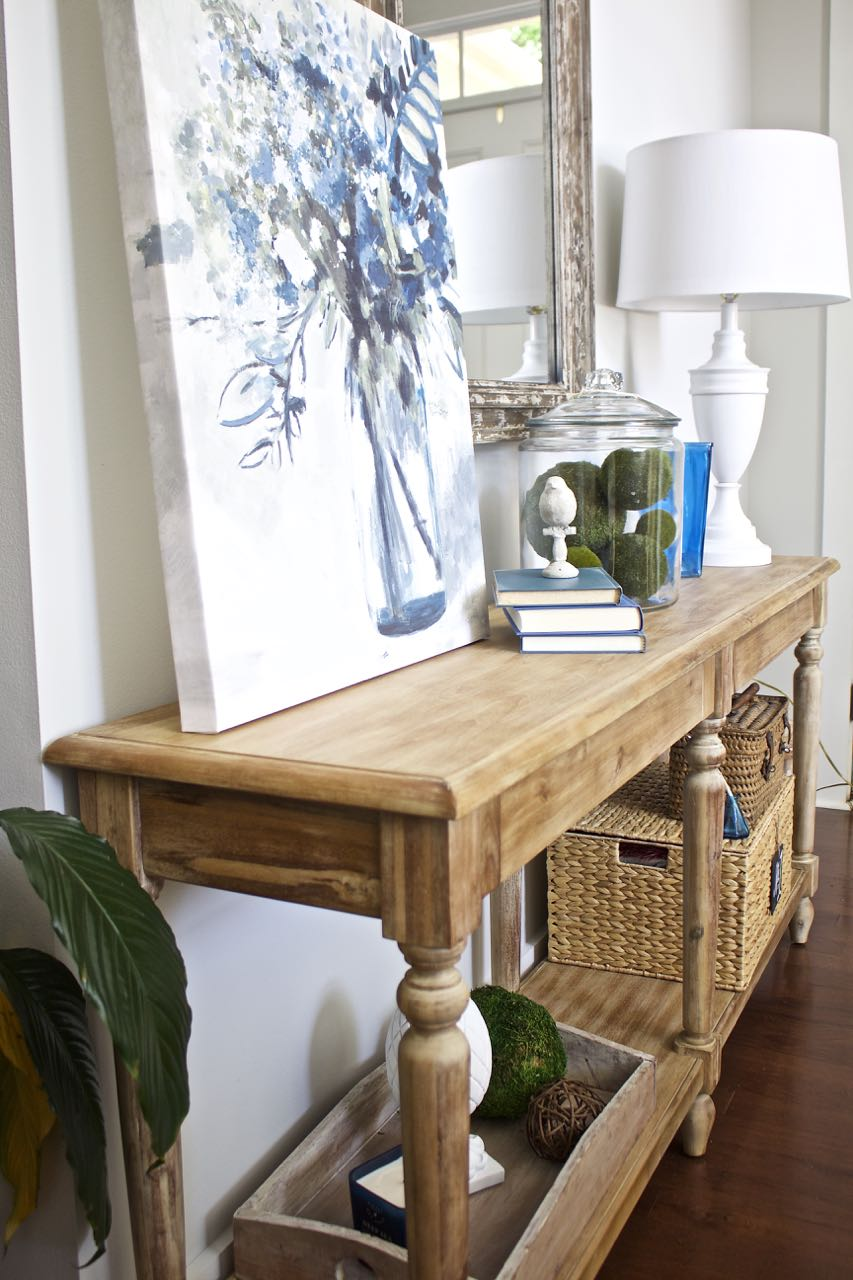 Beau Entry Table Decor. Everett Foyer Table