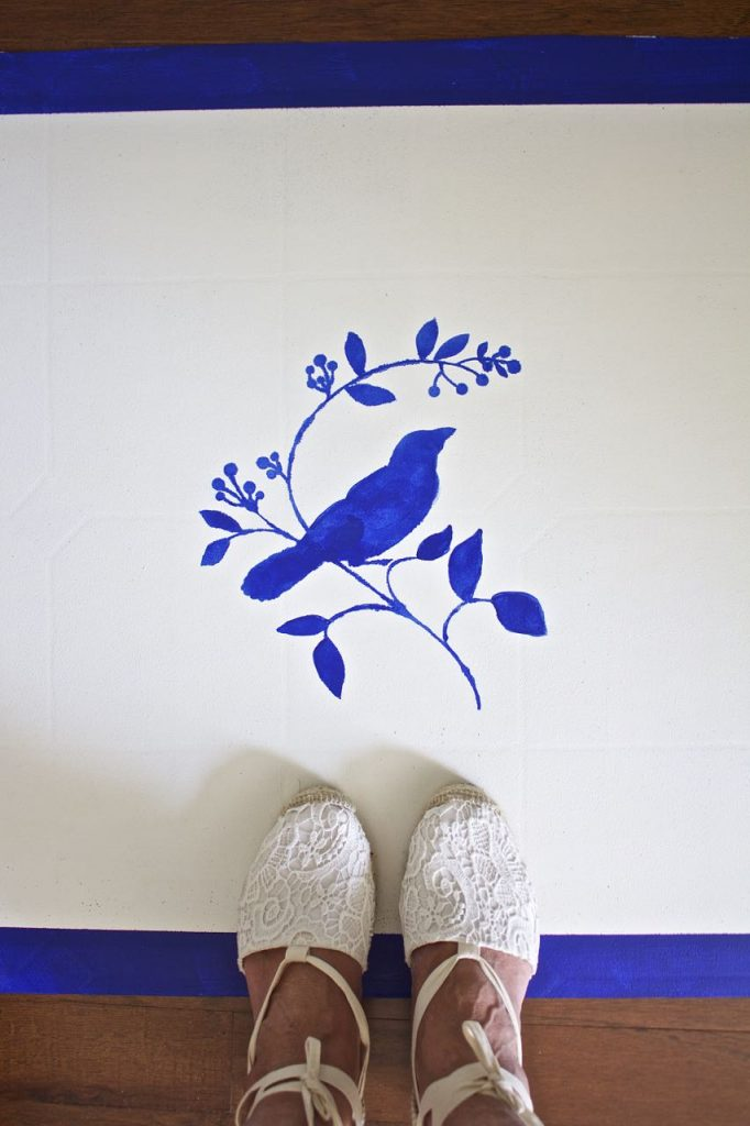 how to paint a rug using linoleum flooring. Painted Vinyl Floor Mat. DIY Painted Vinyl Floor Mat